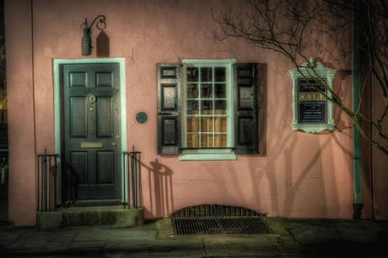 The Pink House, one of the oldest and most haunted houses in Charleston