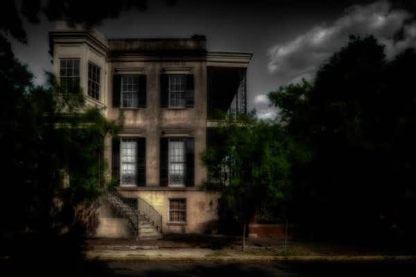432 Abercorn, one of the most infamously haunted houses in Savannah